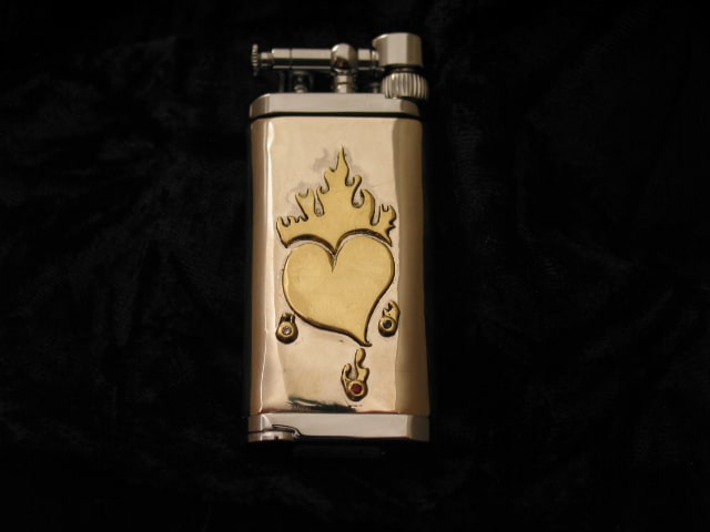 Custom Im Corona Lighter